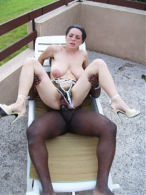 Wild bushy pussy slut takes black cock deep in her hairy asshole!